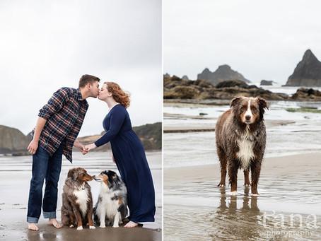 Seal Rock Oregon Coast Destination Engagement Session / Destination Wedding Photographer