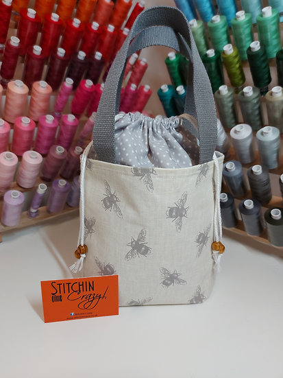 Grey Bee Small Lunch Bag