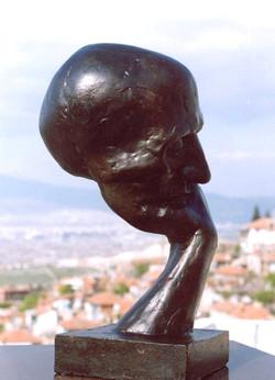 THINKER -1-  45x25x20 cm  1987