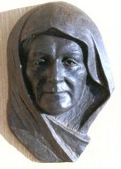 tn_ATATURK'S MOTHER at her  grave  Bronz 45x30x13  1991