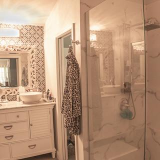 Master Bath (1 of 1).jpg