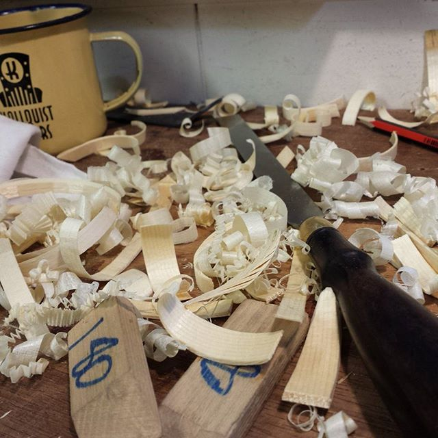 Carving braces CC-002_#kallquistguitars #ccoo2 #brazilianrosewood #germanspruce #acousticguitar #ele
