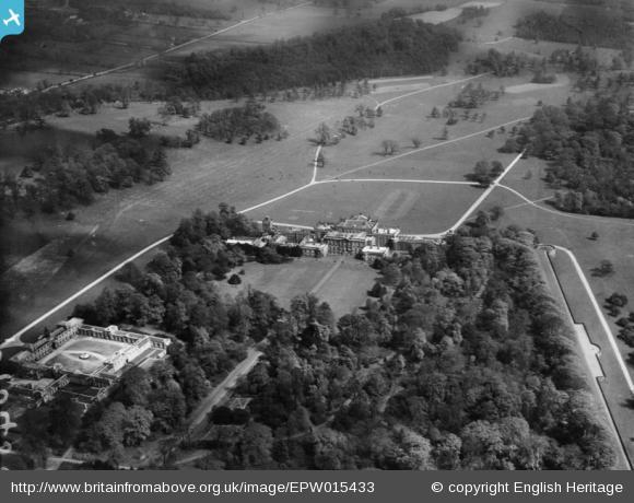 Wentworth Woodhouse 1926.jpg