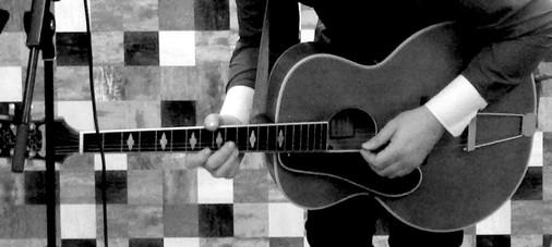 Une prestation guitare-chant personnalisée