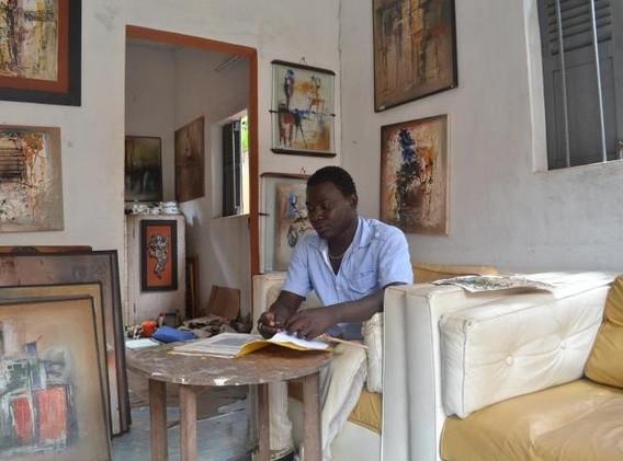 Kanfintine Yaffah dans son atelier