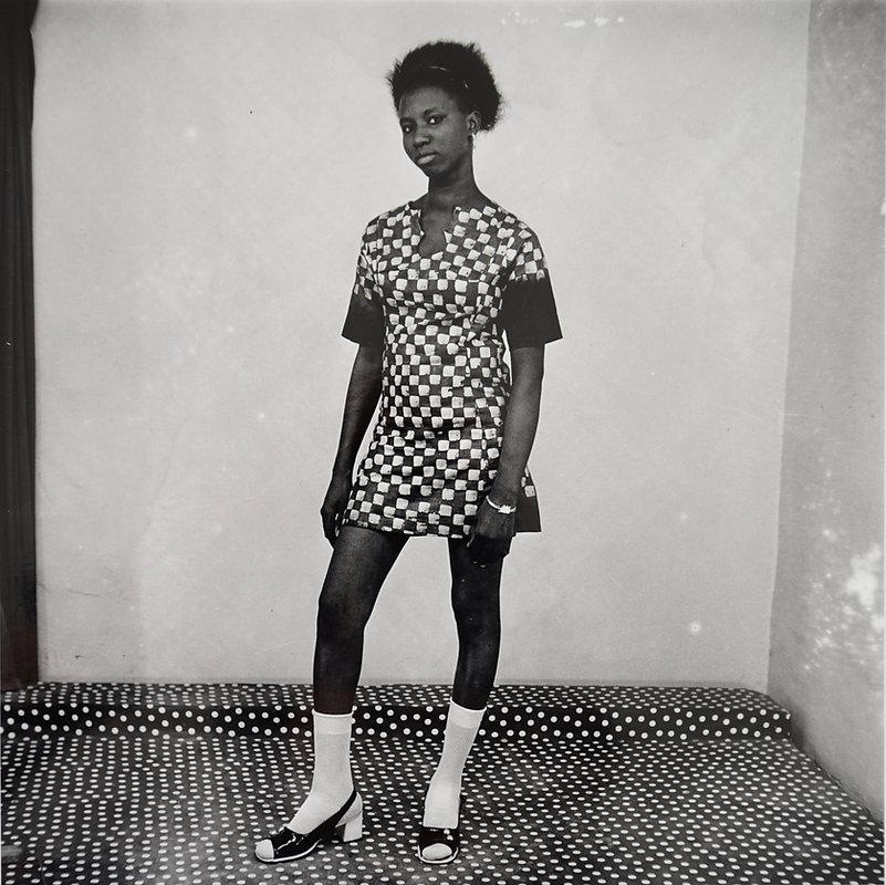 MS09 Avec ma mini-robe 1971 (1).jpg