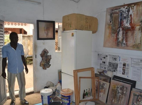 Kanfitine dans son atelier