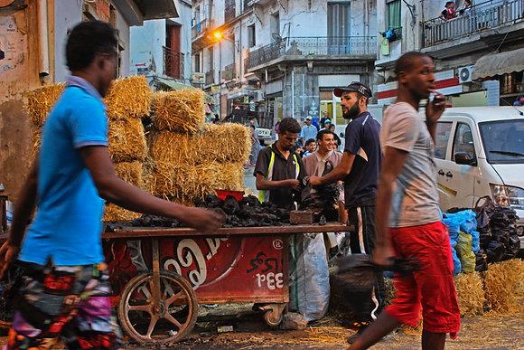 """Nora Zaïr , série """"Regards sur ma ville, Oran"""",  n°7 , 2020"""