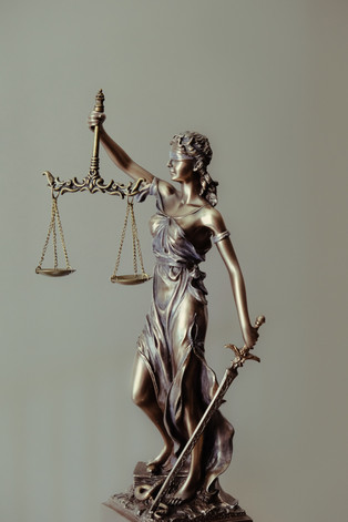Legal interpretation services allows communication with LEP clients or defendants as well as deafs or hard hearings.