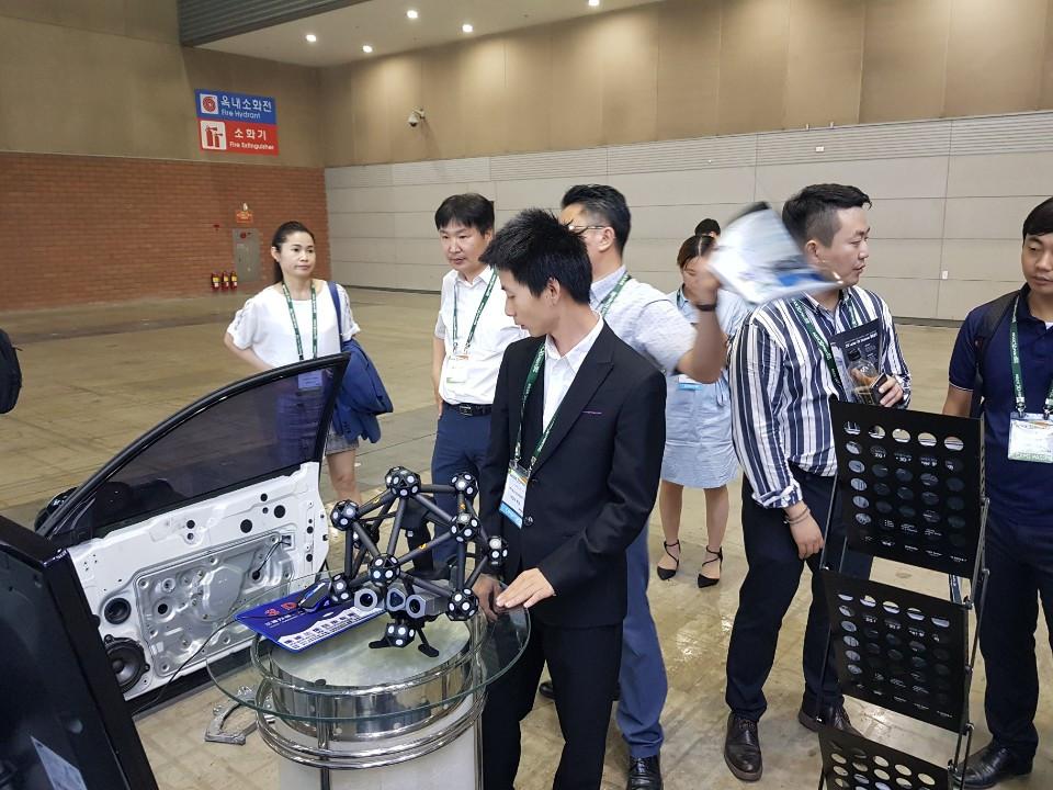 Inside3DPrinting 2019 HyperScan & ZG-Track 시연모습