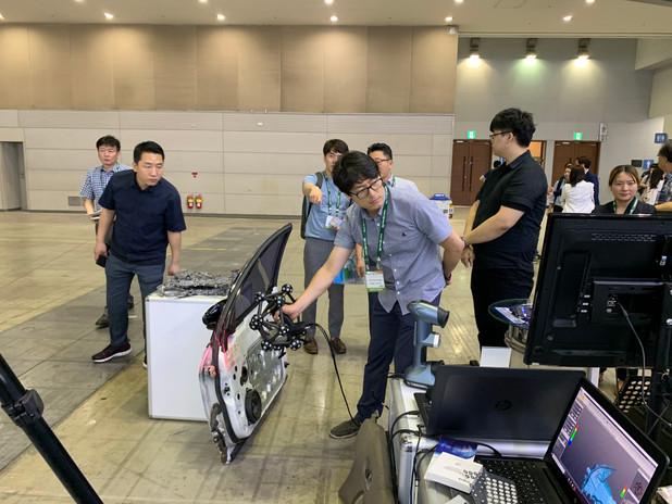 Inside3DPrinting 2019 HyperScan & ZG-Track 고객 체험