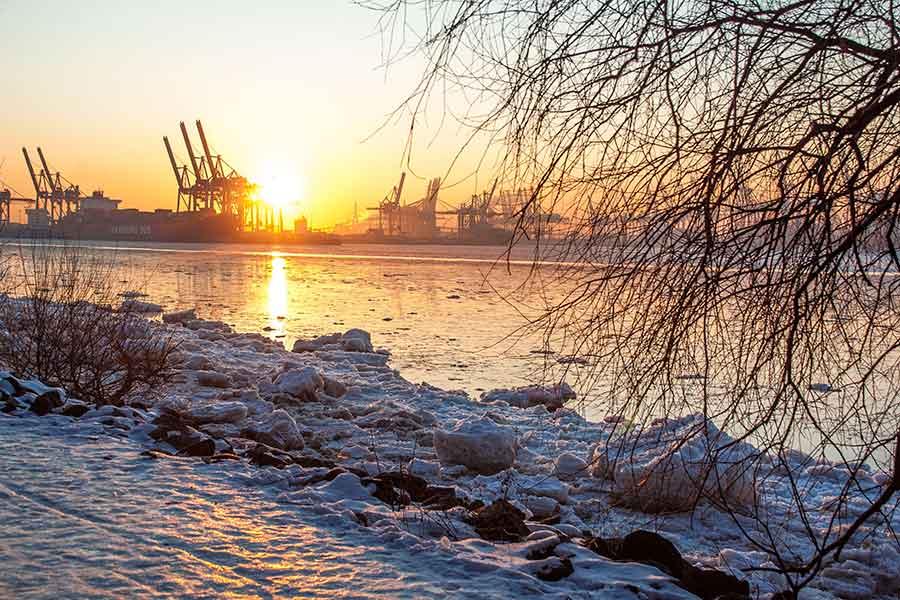 Elbe-Wintersonnenaufgang