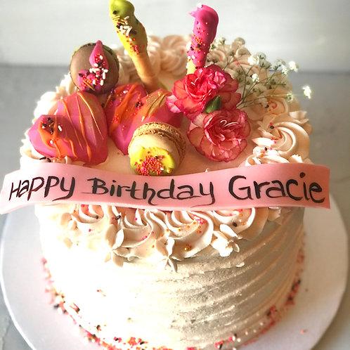 GUAVA CAKE 8 INCH serves 10-12