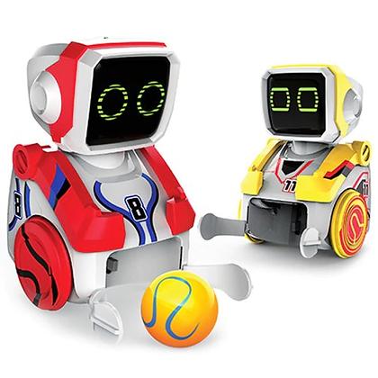 זוג רובוטים משחקים כדורגל על שלט