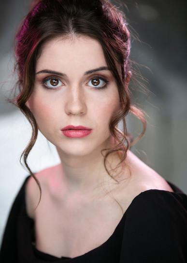 Charlotte Wallis Headshot