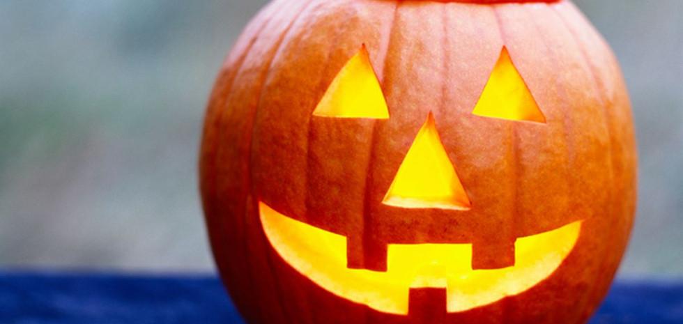 Pumpkin-carved-for-Halloween.jpg