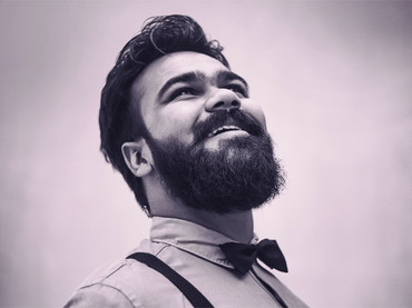 Wedding gift ideas for the bearded.