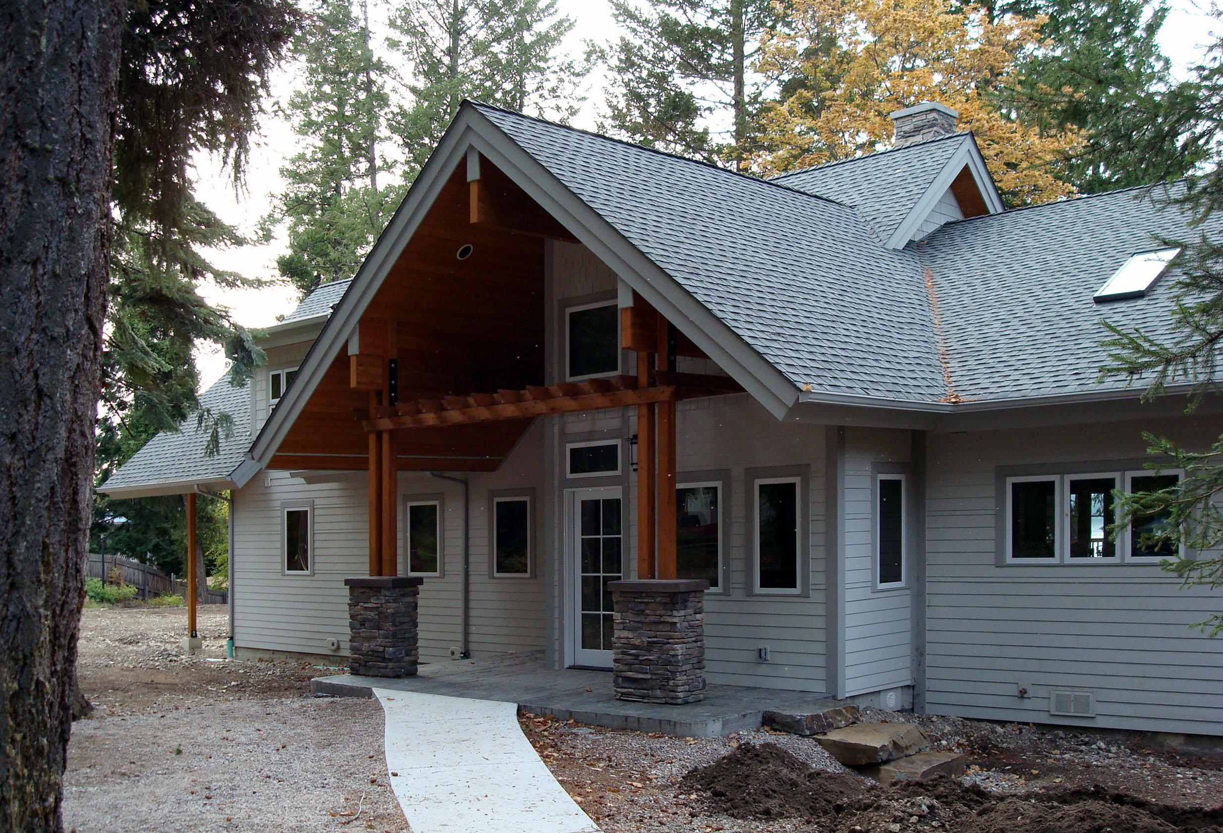 Goldes Residence