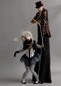 Dark puppet master walkabout act
