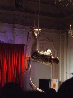 Escape - comedy aerial strapeze act