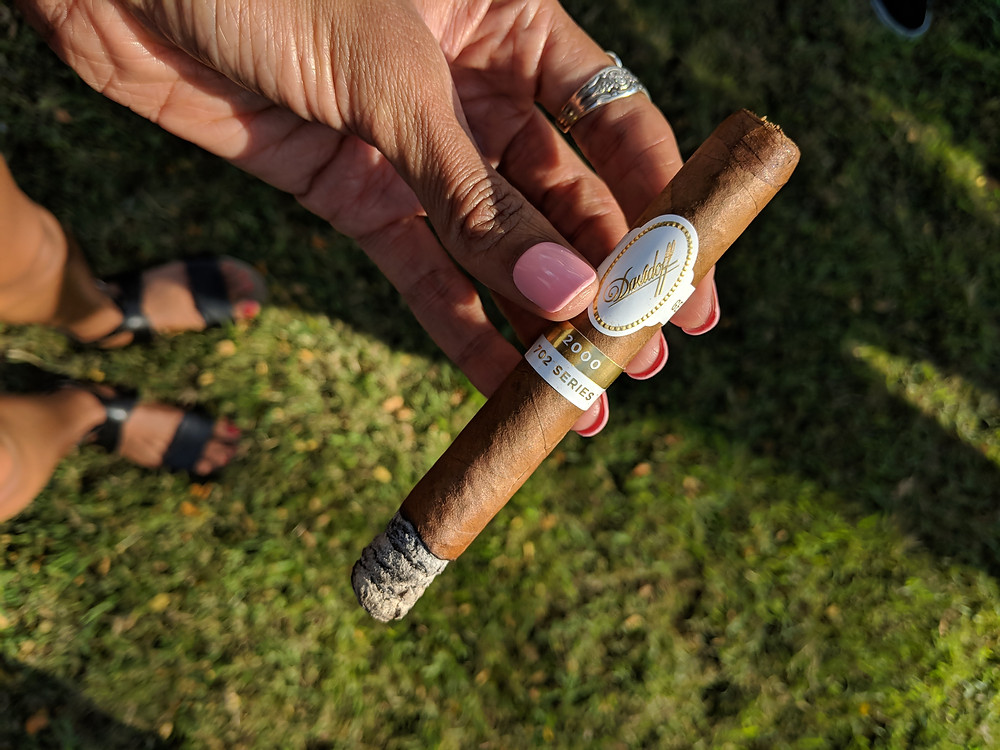 Davidoff, Tobacco, Davidoff Geneve 2000 702 Series, SistersInSmoke