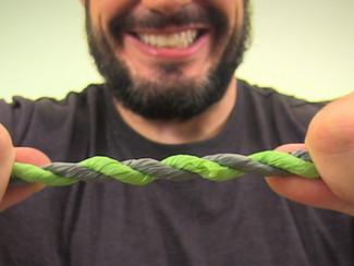 Aprenda a Fazer Corda com Saquinhos Plásticos de mercado