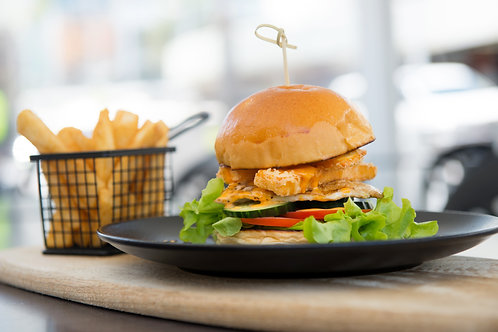 Chargrilled Chicken and Crispy Haloumi Burger