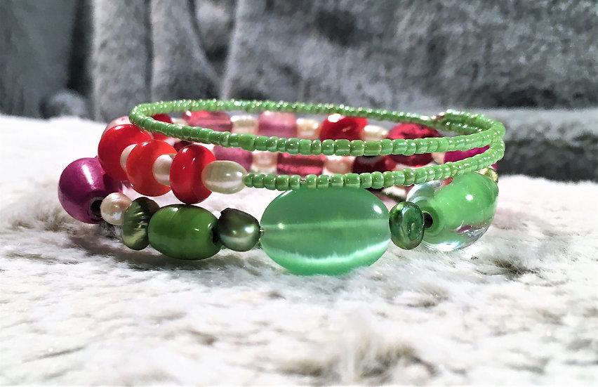 Cat Eye & Pearl Memory Wire Bracelet