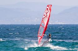 Tarifa-Spin-Out-Windsurf_I5I5794