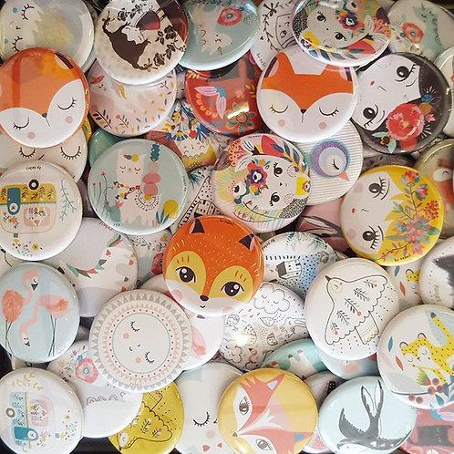 Lot de 10 Badges au choix