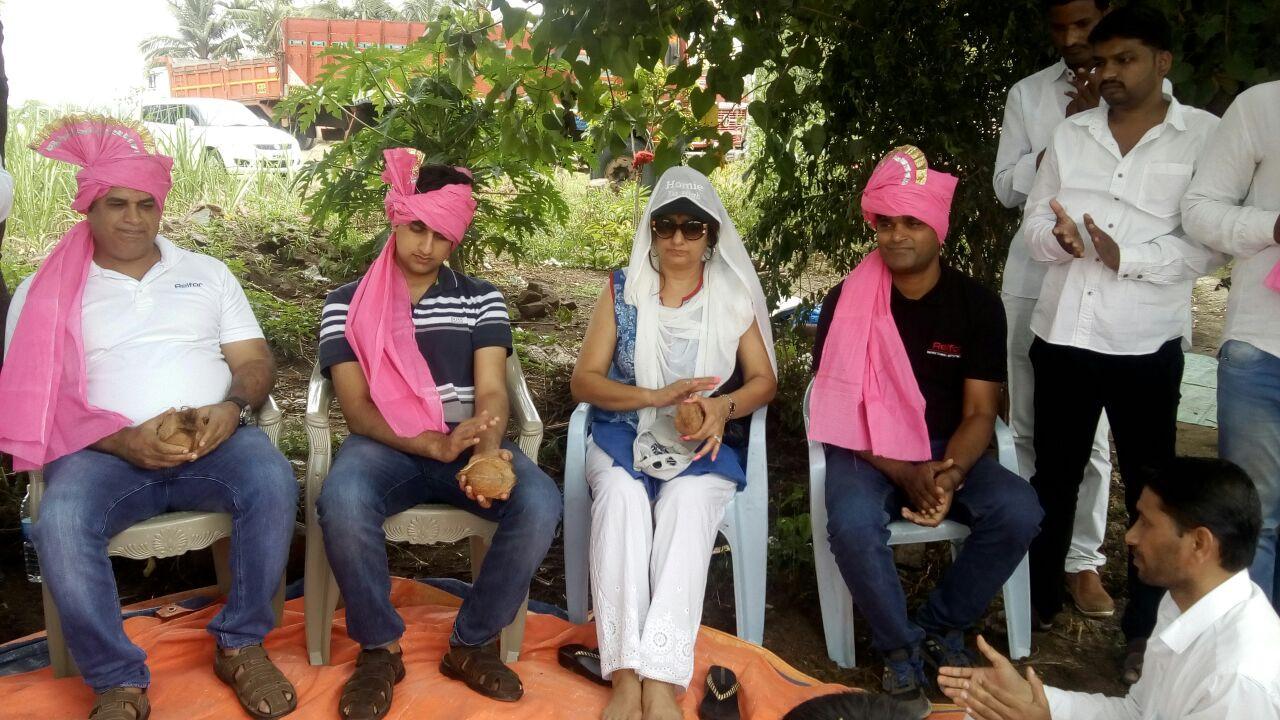 Shri. Deepak Nathani, Raj Nathani, Sheena Nathani & Nitin Ghodke