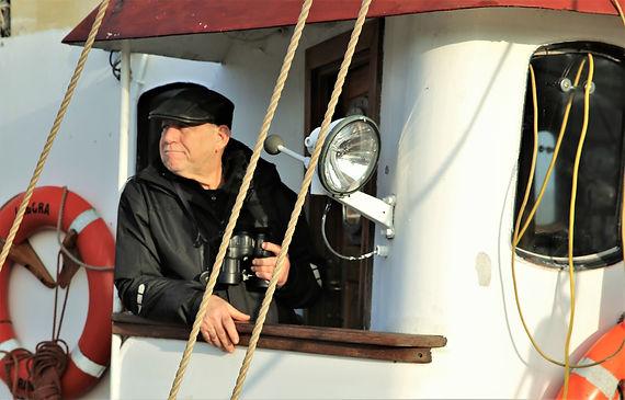 skipper labora wooden vessel boat sail