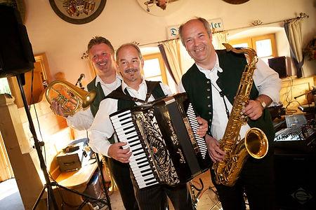 Franz, Roland, Max  Hochzeit 2010.jpg