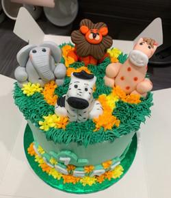 Jungled themed birthday cake