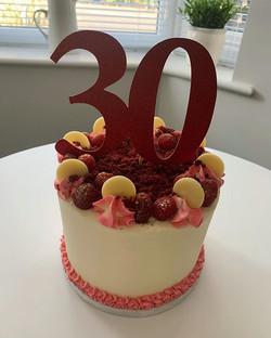 30th Birthday Cake_LHK