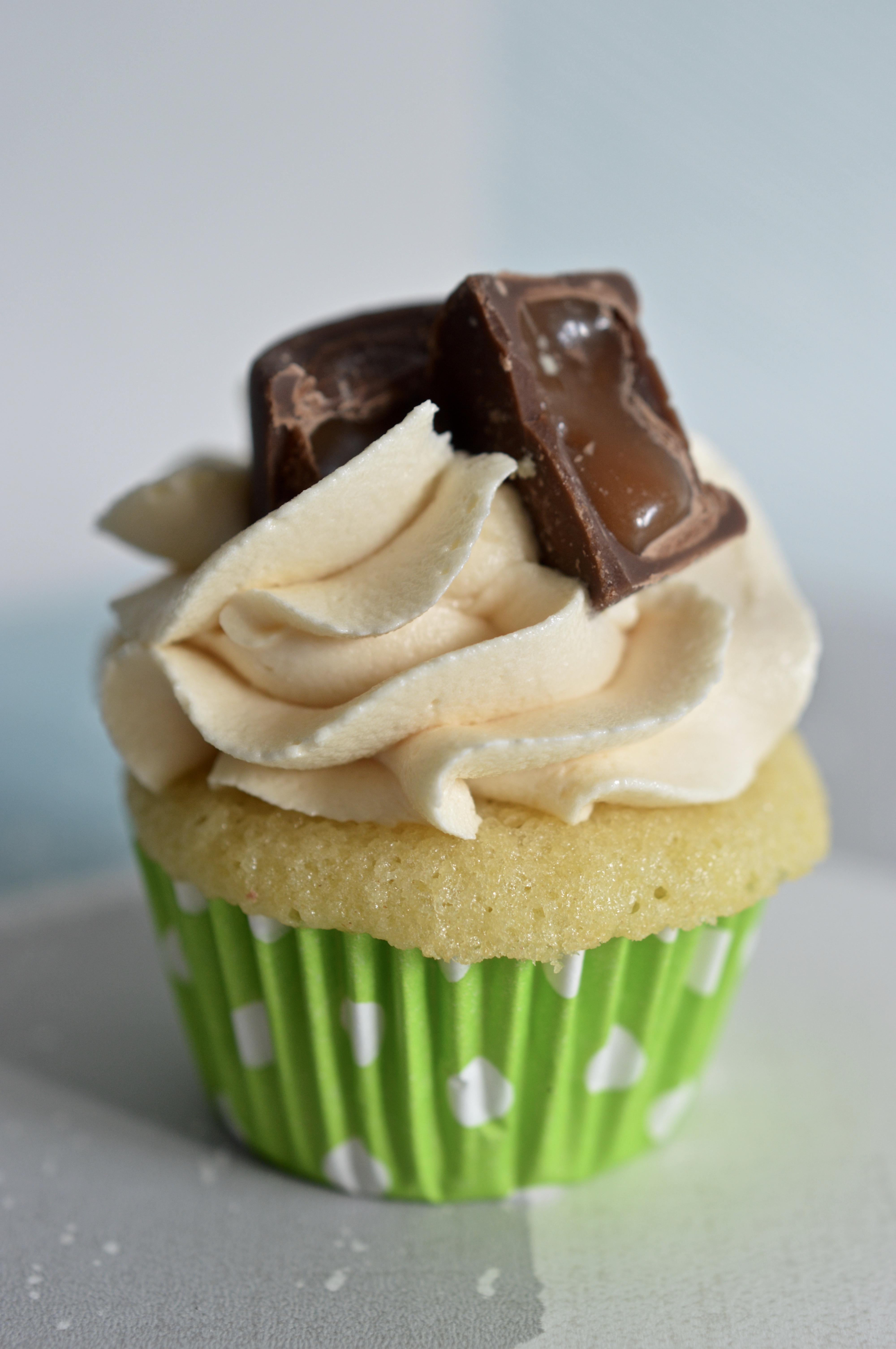 Mini Rolo Cupcake