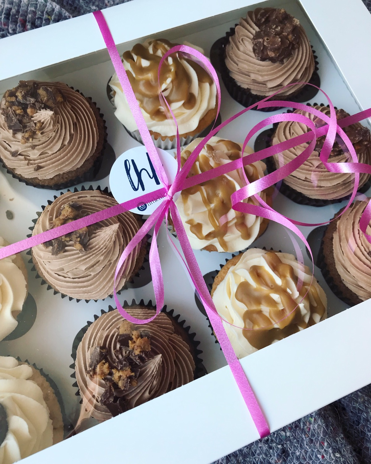 Cupcake selection box_LHK