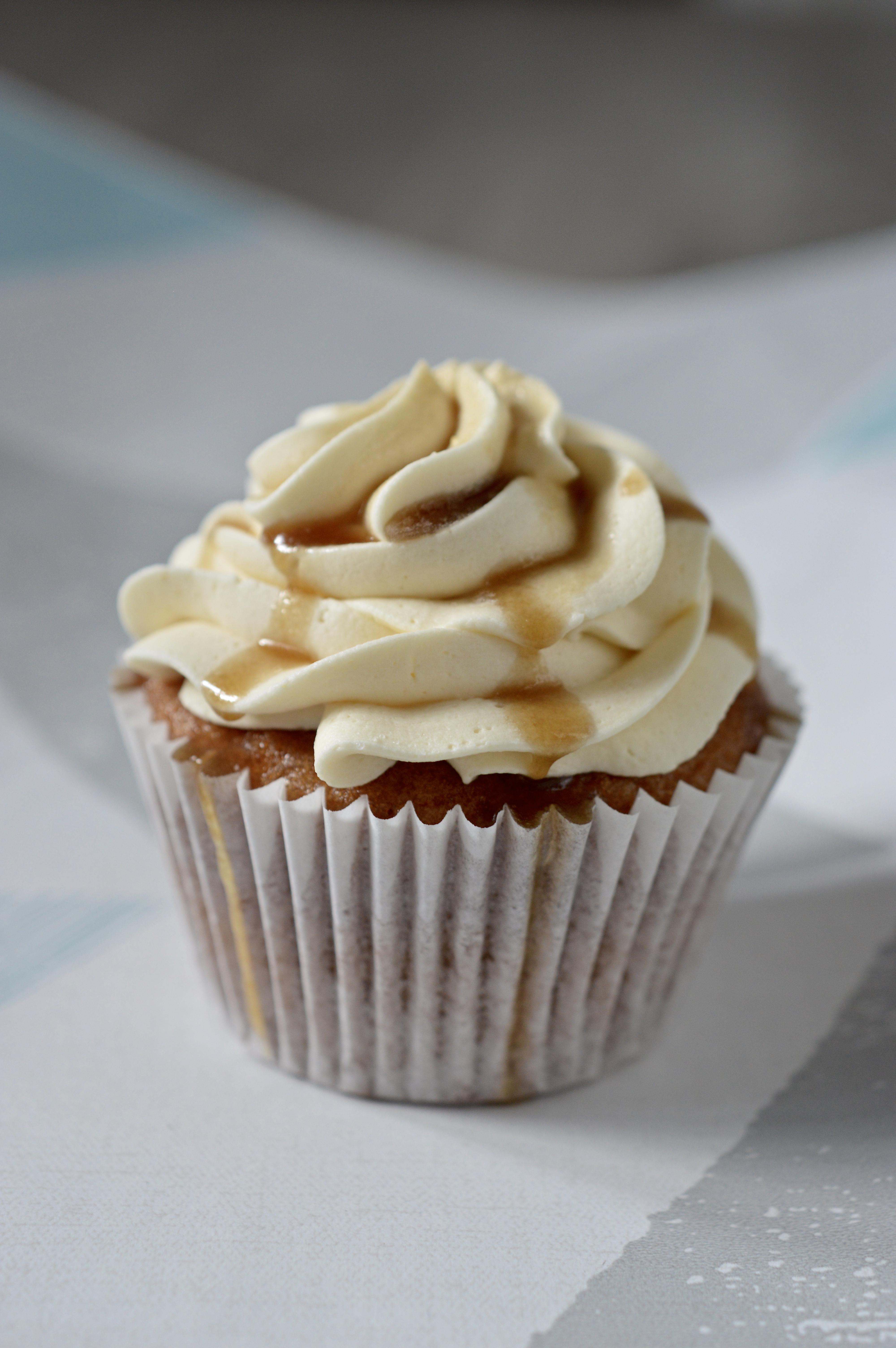 Vegan Salted Caramel Cupcake_LHK
