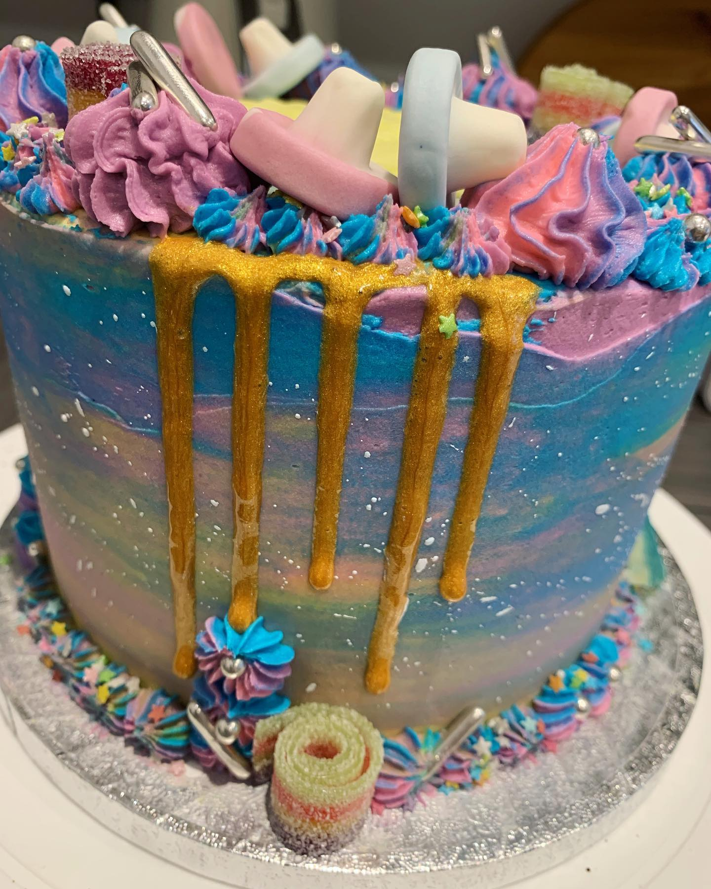 Space themed cake_LHK