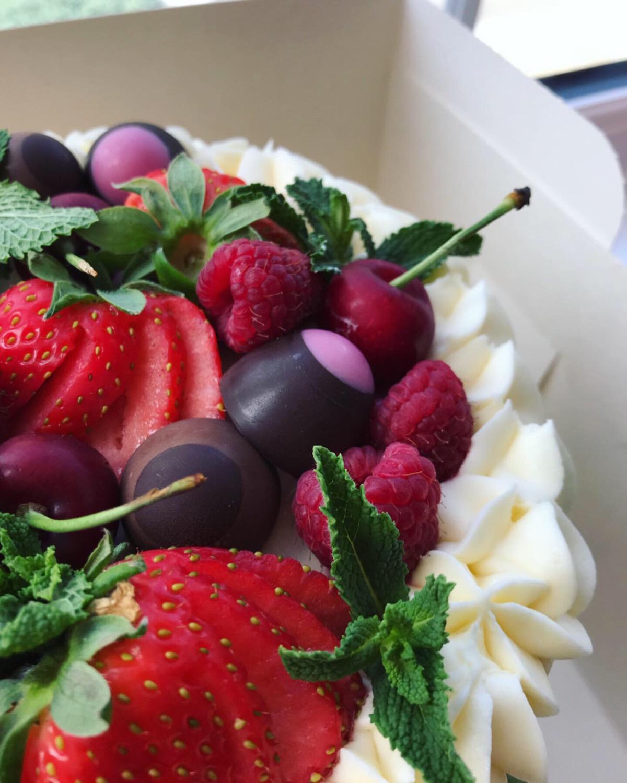 Gin Inspired Cake_LHK