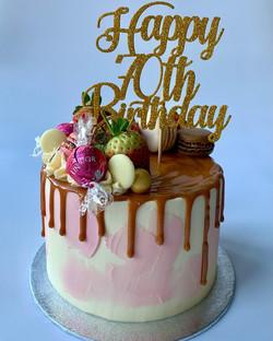 Caramel Drip cake_LHK