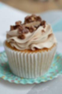 Ferrero Rocher Cupcakes_LHK