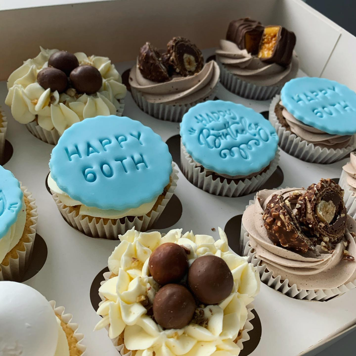 Personalised Cupcakes_LHK