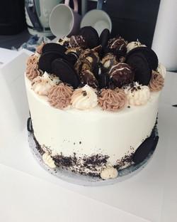 Oreo and Ferrero Rocher Cake