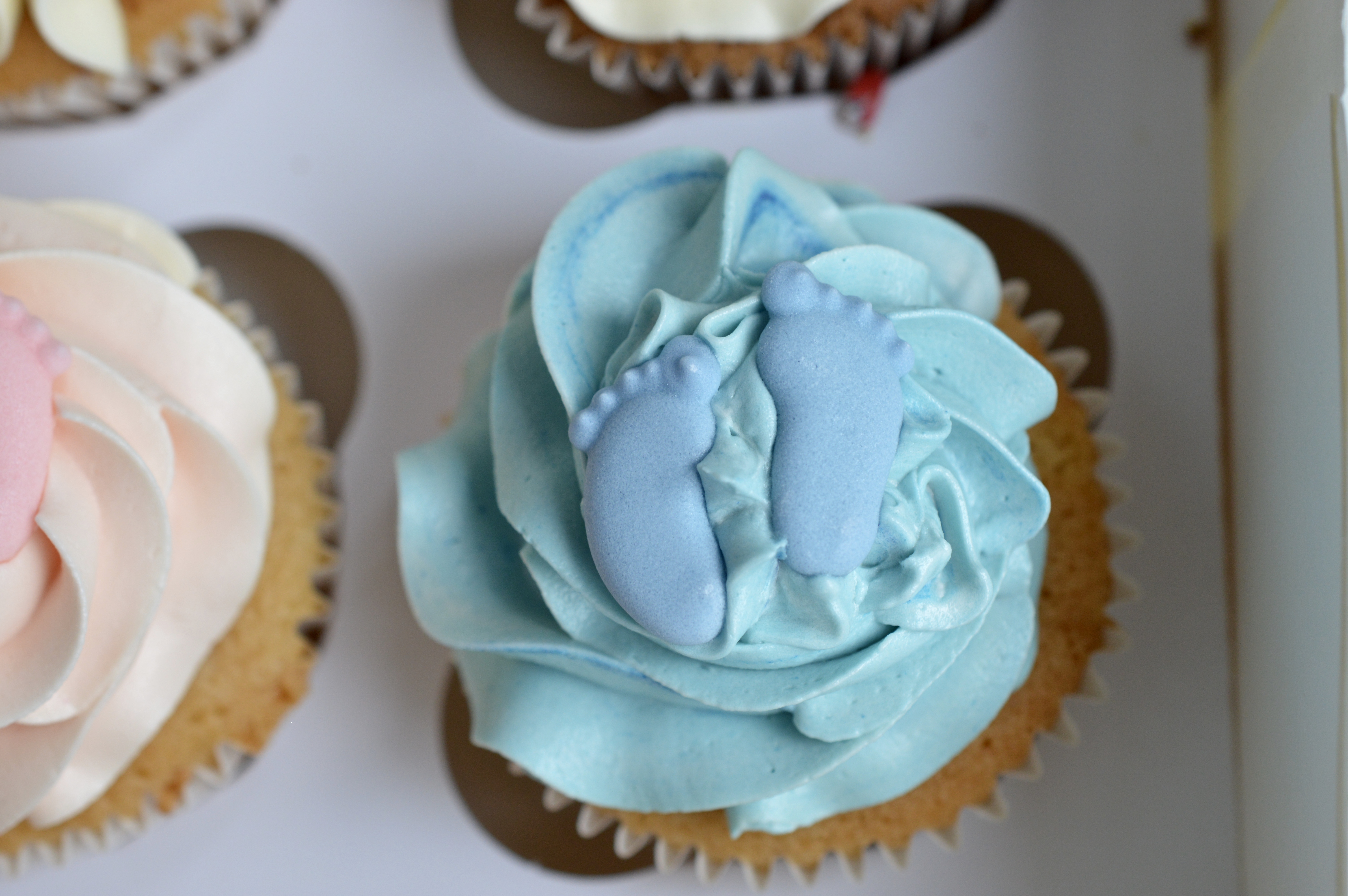 Baby boy cupcakes_LHK