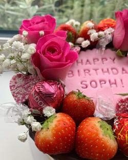 Pink Birthday Cake_LHK