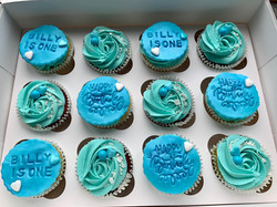 Blue first birthday cupcakes_LHK
