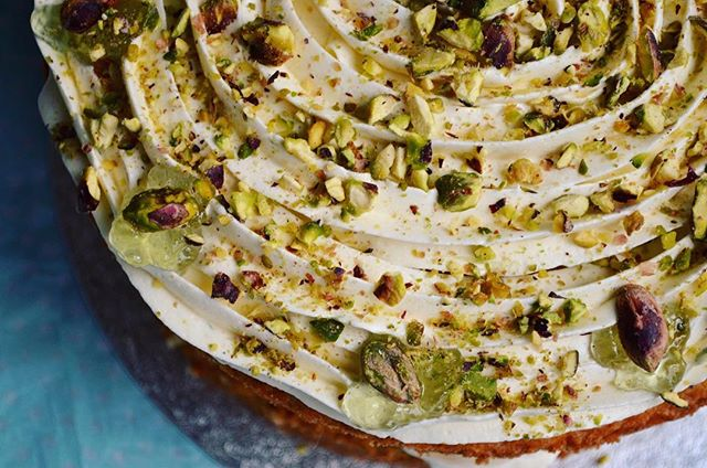 lime and pistachio cake_LHK