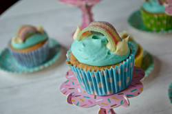 Rainbow Cupcakes_LHK