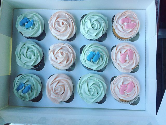 Baby shower cupcakes_LHK
